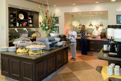 Restaurant | Hilton Garden Inn Pensacola Airport-Medical Center