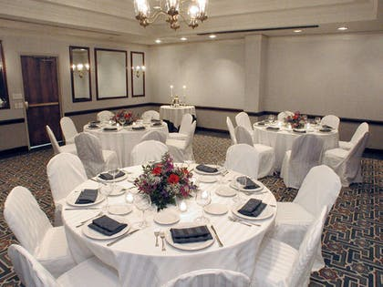 Meeting Room   Embassy Suites by Hilton Parsippany