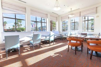 Restaurant | Hilton Garden Inn Palm Springs - Rancho Mirage