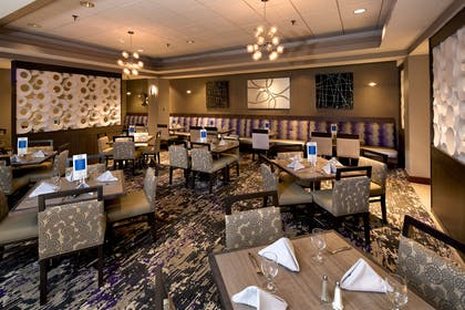 Restaurant | Embassy Suites by Hilton Portland Maine