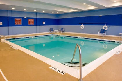 Pool | DoubleTree by Hilton Hotel Raleigh - Cary