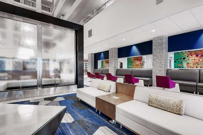 Lobby | Embassy Suites by Hilton Raleigh Crabtree