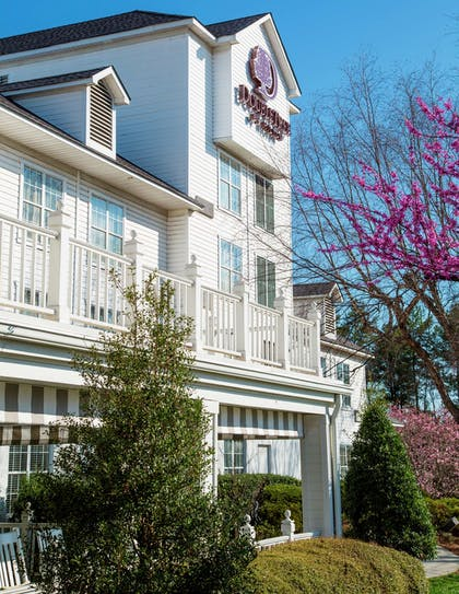 Exterior | DoubleTree by Hilton Hotel Raleigh-Durham Airport at Research Triangle Park