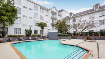 Pool | DoubleTree by Hilton Hotel Raleigh-Durham Airport at Research Triangle Park