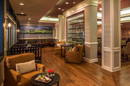 Restaurant | DoubleTree by Hilton Hotel Raleigh-Durham Airport at Research Triangle Park