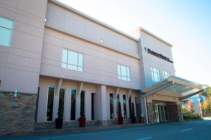 Exterior   DoubleTree by Hilton Hotel Raleigh - Brownstone - University