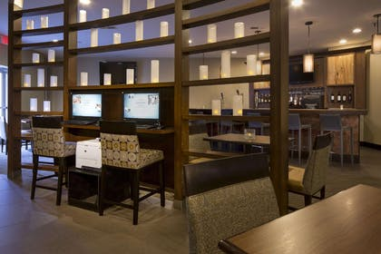 Lobby | DoubleTree by Hilton Hotel Raleigh - Brownstone - University