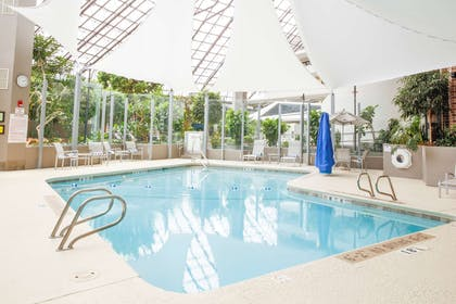 Pool   DoubleTree by Hilton Hotel Rochester