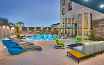 Pool | Hampton Inn & Suites Rockport-Fulton