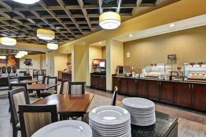 Breakfast Area | Embassy Suites by Hilton Savannah Airport