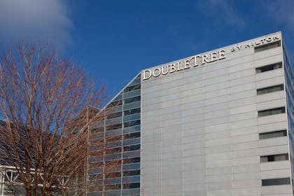 Exterior | Doubletree Hotel South Bend