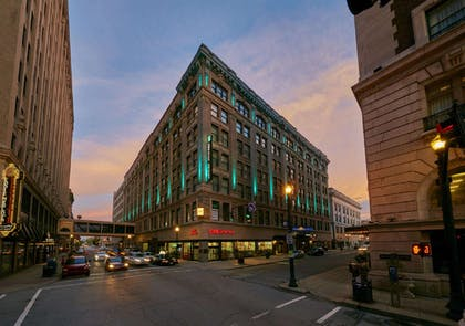 Exterior | Embassy Suites by Hilton Louisville Downtown