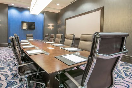 Meeting Room | Embassy Suites by Hilton Louisville Downtown