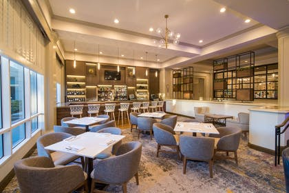BarLounge | DoubleTree by Hilton Hotel San Diego - Mission Valley