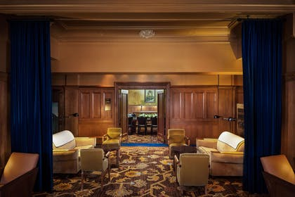 Lobby | The Arctic Club Seattle - a DoubleTree by Hilton