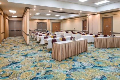 Meeting Room   Embassy Suites by Hilton Seattle Tacoma International Airport