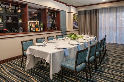 Restaurant   Embassy Suites by Hilton Seattle Tacoma International Airport