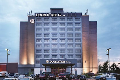 Exterior   DoubleTree by Hilton Springfield