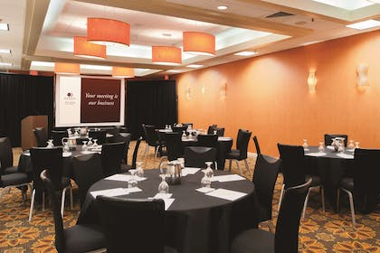 Meeting Room   DoubleTree by Hilton Springfield