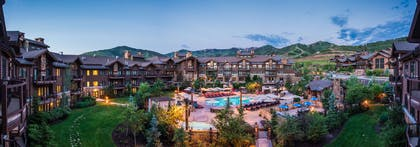 Pool | Waldorf Astoria Park City