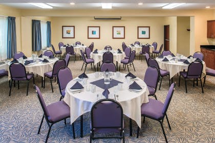 Meeting Room | Doubletree by Hilton Salem