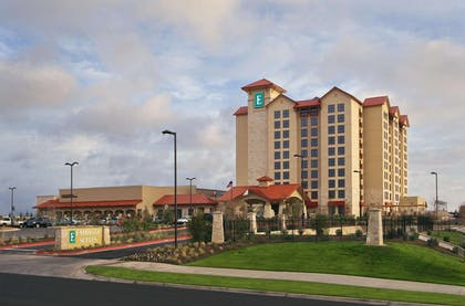 Exterior | Embassy Suites San Marcos - Hotel, Spa & Conference Center