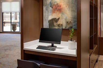 Business Center | DoubleTree by Hilton Hotel Santa Ana Orange County Airport