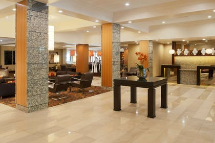 Reception | DoubleTree by Hilton Hotel St. Louis - Chesterfield