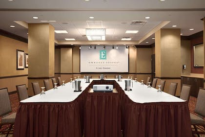 Meeting Room | Embassy Suites by Hilton St. Louis Downtown
