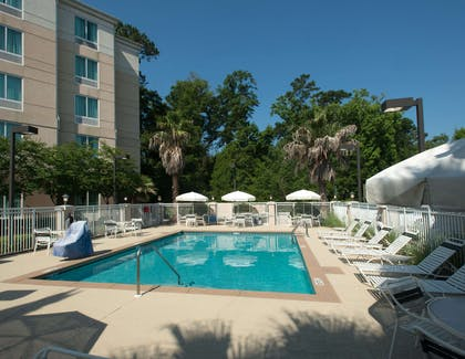 Pool | Hilton Garden Inn Tallahassee Central