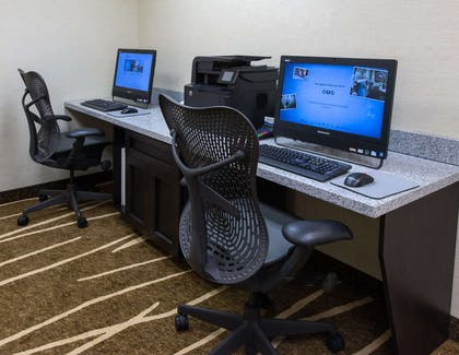 Business Center | Hilton Garden Inn Tallahassee Central