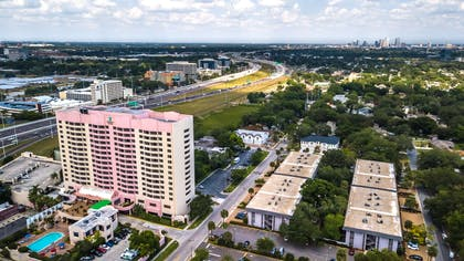 Exterior   Embassy Suites by Hilton Tampa Airport Westshore