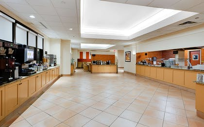 Breakfast Area   Embassy Suites by Hilton Tampa Airport Westshore