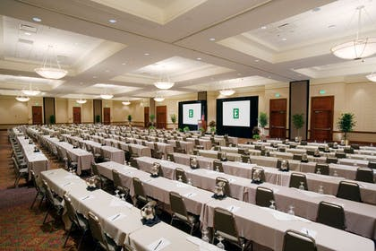 Meeting Room   Embassy Suites by Hilton Tampa USF Near Busch Gardens