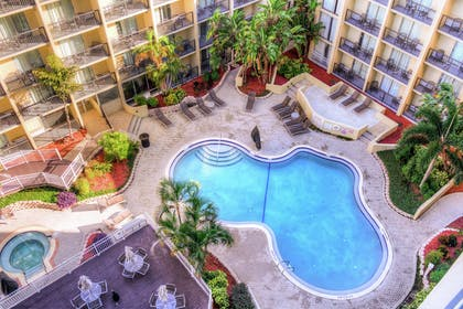 Pool | DoubleTree by Hilton Hotel Tampa Airport - Westshore