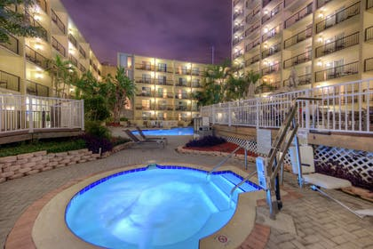 Spa | DoubleTree by Hilton Hotel Tampa Airport - Westshore