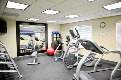 Health club | Hampton Inn Ukiah CA