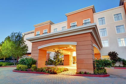 Exterior | Embassy Suites by Hilton Valencia - Downtown