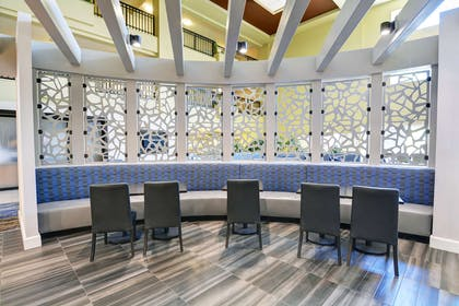 Restaurant   Embassy Suites by Hilton Valencia - Downtown
