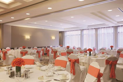 Meeting Room | Embassy Suites by Hilton Alexandria Old Town
