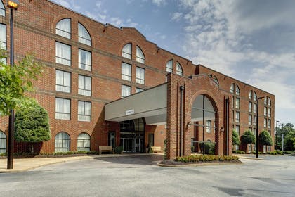 Exterior | Embassy Suites by Hilton Williamsburg