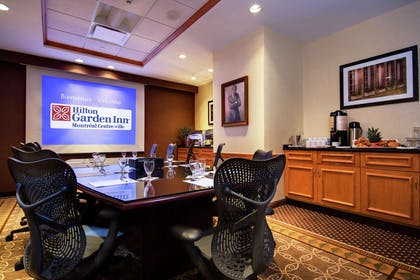 Meeting Room | Hilton Garden Inn Montreal Centre-Ville