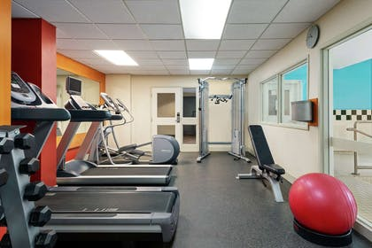 Health club | Hilton Garden Inn Saskatoon Downtown, Canada