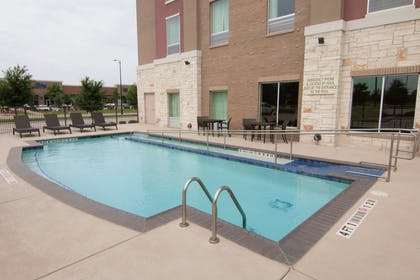 Pool | Hampton Inn & Suites Dallas/Frisco North-FieldhouseUSA