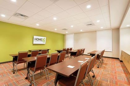 Meeting Room   Home2 Suites by Hilton Midland