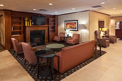 Lobby | Kahler Inn and Suites - Mayo Clinic Area