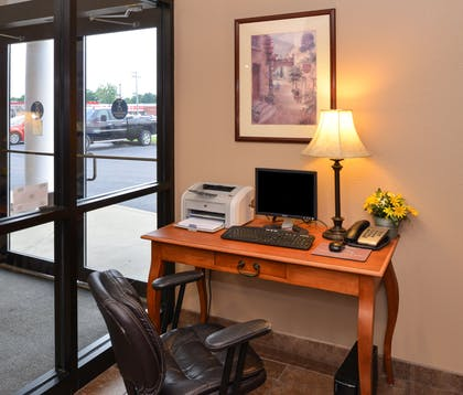 Business Center | Country Hearth Inn & Suites Edwardsville St. Louis
