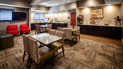 Breakfast Area | Best Western Plus Stevens County Inn