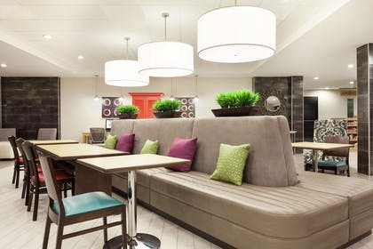 Lobby | Home2 Suites by Hilton Amarillo