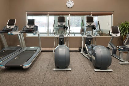 Health club | Embassy Suites Chicago Naperville